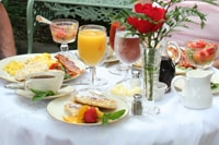 1840s Carrollton Inn Breakfast