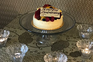 Special Occasion Cake - Happy Anniversary